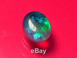 Remarquable Brillant Haut Couleur Du Motif Superbe Solide Cristal Noir Opal 1 Carat