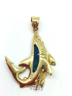 Requin En Or Massif De 14 Carats Avec Pendentif D'opale Créé En Laboratoire