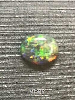 Solide Australian 3 Carats Opal Bleu, Orange, Flashs Rolling Green (lot 20a)