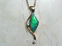 Solide Opale Australienne Authentique Et Pendentif En Or 18ct