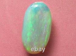 Sparking Lumineux Paille Couleur Motif Naturel Solide Cristal Noir Opal 2.84carat