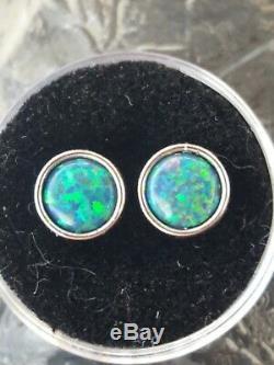 Vert Opale Boucles D'oreilles En Or Blanc Massif De