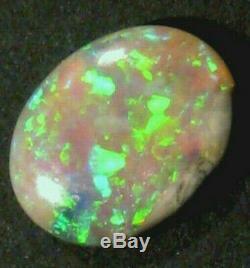 Vibrant Australian Natural Cristal Opale Solide 9x7mm Pierre De Taille (755)