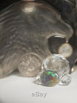 Vrac Solide Black Opal 5,36 Carat Affichage Prominent Verte Et Bleue